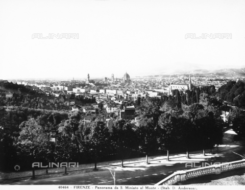 ADA-F-040464-0000 - Panoramic view of Florence from San Miniato al Monte