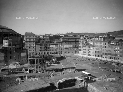AIL-F-070171-0000 - View of the esplanade near the Teatro Augusteo in Rome - Data dello scatto: 21/01/1937 - Luce Institute/Alinari Archives Management, Florence