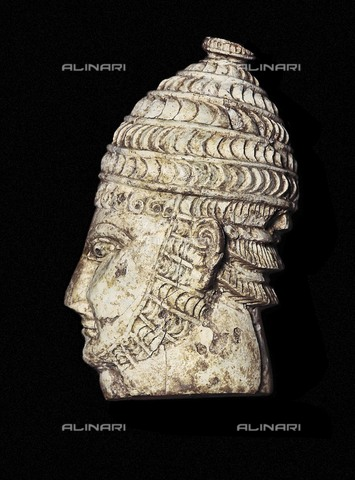 AIS-F-DMY409-0000 - Head of a warrior, ivory, art of Mycenae, National Archaeological Museum, Athens - Iberfoto/Alinari Archives