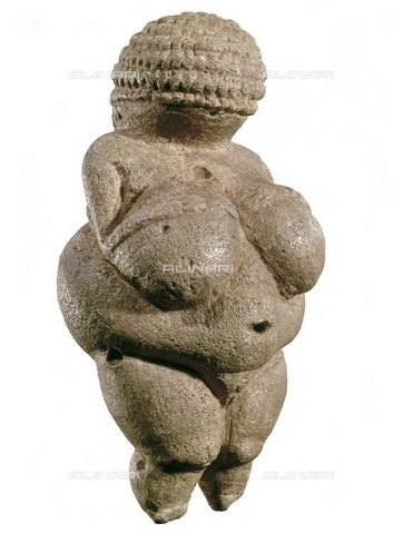 AIS-F-XGA397-0000 - Willendorf Venus, known as Willendorf woman, limestone, Paleolithic art, Naturhistorisches Museum, Vienna - Iberfoto/Alinari Archives