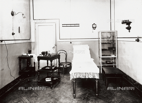 APA-F-006419-0000 - The Gabrielli Physiotherapeutic Institute in Florence: treatment room