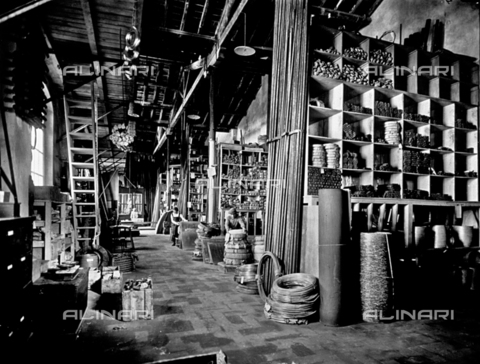 APA-F-008028-0000 - Interior of the Officine Galileo: warehouse for various materials - Date of photography: 1916 ca. - Alinari Archives-Alinari Archive, Florence