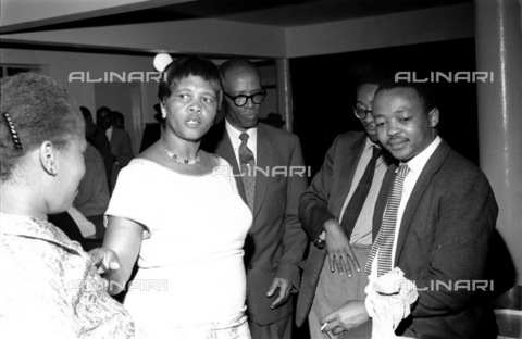 APN-F-036875-0000 - SAED: POLITICS: 1960 - Leaders Meet At DOCC - (Photograph by Drum Photographer Baileys Archive) - Baileys African History Archive / Africamediaonline/Alinari Archives, Florence