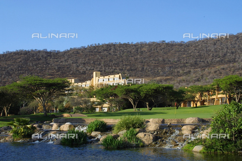 APN-F-267461-0000 - 9th hole at the Gary Player Golf Course. Sun City. North West Province. South Africa. - Africamediaonline/Archivi Alinari, Firenze