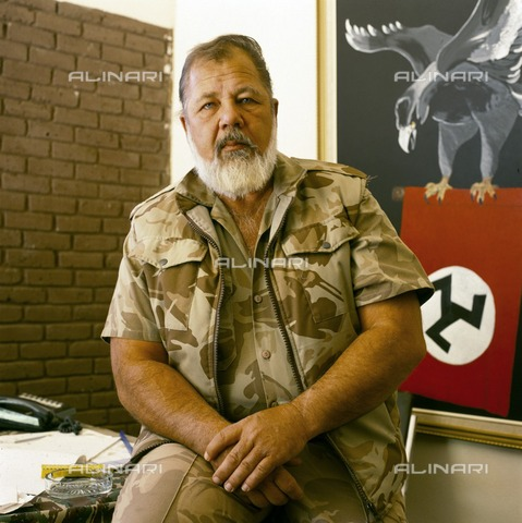 APN-F-279913-0000 - Eugene Terreblanche at home on his farm in Ventersdorp 1994 - Africamediaonline/Archivi Alinari, Firenze