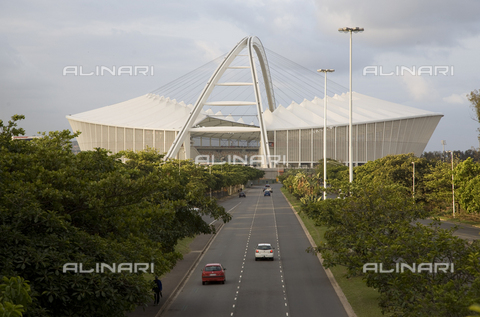 APN-F-293802-0000 - The Moses Mabhida Stadium, Durban nears completion. Surrounded by the ridge of hills known as the Berea, the large and beautiful structure dominates the coastal plane beside the ocean. The stadium is one of 10 stadia in South Africa that will serve as hos - Africamediaonline/Archivi Alinari, Firenze