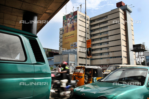 APN-F-310555-0000 - Billboards of the World Cup in 2010, in the streets of Lagos - Data dello scatto: 2010 - Adolphus Opara / Africamediaonline/Alinari Archives, Florence