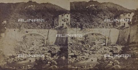 ARC-F-005436-0000 - Ponte a Bagni di Lucca - Data dello scatto: 1860 ca. - Archivi Alinari, Firenze
