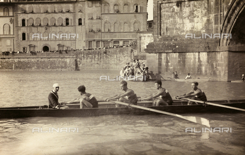 ARC-F-012056-0000 - Rowing on the Arno river, Florence