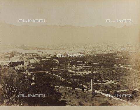 AVQ-A-000003-0009 - Panorama di Palermo dal Monte Pellegrino - Data dello scatto: 1880-1890 - Raccolte Museali Fratelli Alinari (RMFA), Firenze