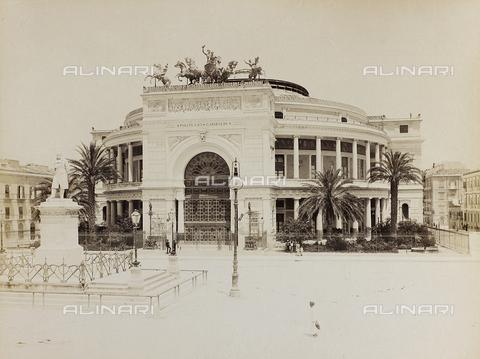 AVQ-A-000013-0045 - Il Teatro Politeama a Palermo - Data dello scatto: 1860-1870 - Raccolte Museali Fratelli Alinari (RMFA), Firenze