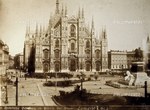 AVQ-A-000024-0028 - The Milan Riots of 6-9 May 1898: view of Piazza del Duomo with the headquarters of General Bava Beccaris' army. - Data dello scatto: 06-09/05/1898 - Archivi Alinari, Firenze