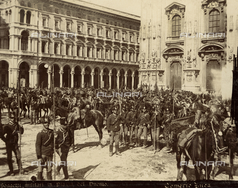 AVQ-A-000024-0030 - The Milan Riots of 6-9 May 1898: military of General Bava Beccaris' army in front of the Duomo - Data dello scatto: 06-09/05/1898 - Archivi Alinari, Firenze