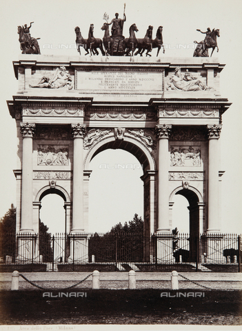 AVQ-A-000039-0017 - The Arch of Peace in Milan - Data dello scatto: 1870 ca. - Archivi Alinari, Firenze
