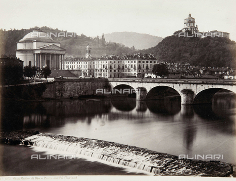 AVQ-A-000039-0019 - The Great Mother Church of God and the bridge of Vittorio Emanuele I, Turin - Data dello scatto: 1870 ca. - Archivi Alinari, Firenze