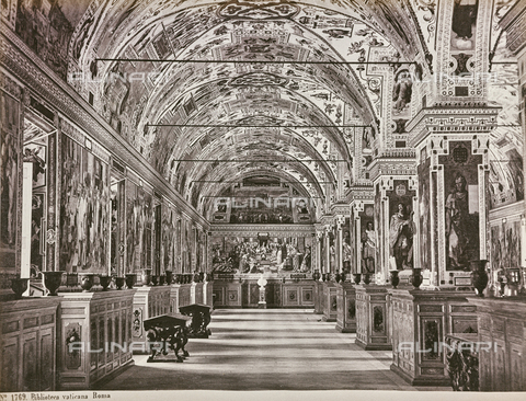 AVQ-A-000039-0064 - The more room of The Vatican Apostolic Library, Vatican City - Data dello scatto: 1865 ca. - Archivi Alinari, Firenze