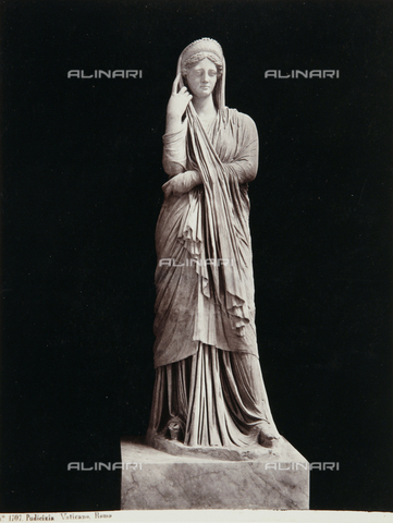 AVQ-A-000039-0070 - Modesty, The Chiaramonti Museum, Vatican Museum, Vatican City - Data dello scatto: 1870 ca. - Archivi Alinari, Firenze