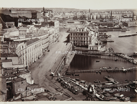 AVQ-A-000039-0077 - View of the Village Saint Lucia, Naples - Data dello scatto: 1870 ca. - Archivi Alinari, Firenze