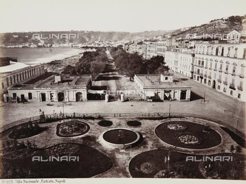 AVQ-A-000039-0078 - The entrance to the Villa Nazionale, Naples - Data dello scatto: 1870 ca. - Archivi Alinari, Firenze