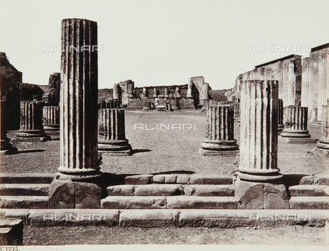 AVQ-A-000039-0111 - The Basilica of Pompeii - Data dello scatto: 1870 ca. - Archivi Alinari, Firenze