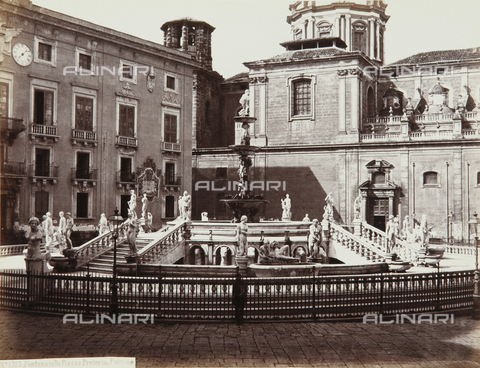 AVQ-A-000039-0120 - The Fountain of Piazza Pretoria in Palermo - Data dello scatto: 1870 ca. - Archivi Alinari, Firenze
