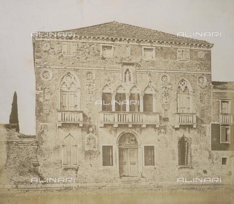 AVQ-A-000081-0021 - Palazzo Da Mula in Murano - Data dello scatto: 1850-1900 - Archivi Alinari, Firenze