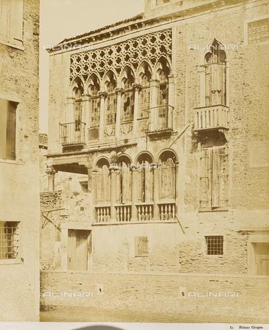 AVQ-A-000081-0036 - The Palazzo Arian-Cicogna in Venice, detail with windows and balconies - Data dello scatto: 1855 ca. - Archivi Alinari, Firenze