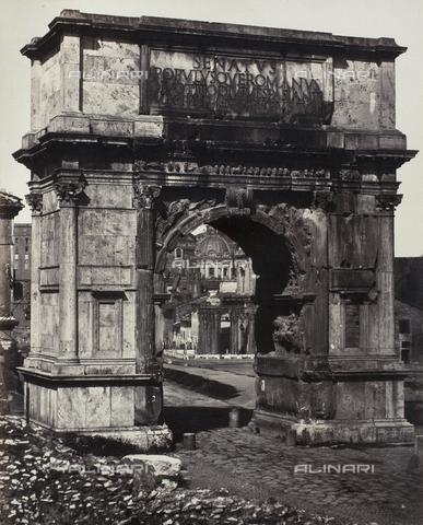 AVQ-A-000089-0004 - Photographic pictures of Rome: l'Arco di Tito nel Foro Romano - Data dello scatto: 1862 - Raccolte Museali Fratelli Alinari (RMFA), Firenze