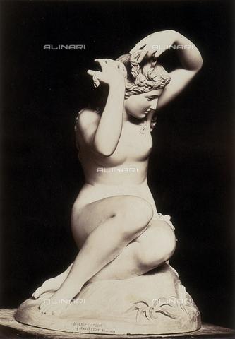 """AVQ-A-000089-0018 - """"Photographic pictures of Rome"""": Sabrina, scultura di Holme Cardwell - Data dello scatto: 1862 - Raccolte Museali Fratelli Alinari (RMFA), Firenze"""