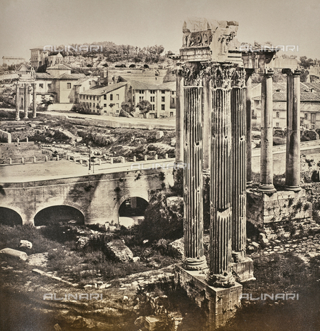 AVQ-A-000089-0040 - Photographic pictures of Rome: view of the Roman Forum from the Tabularium; the Palatine Hill is in the background - Data dello scatto: 1862 - Archivi Alinari, Firenze