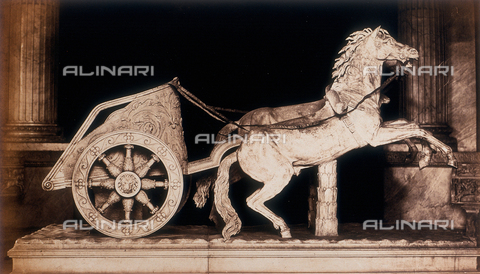 AVQ-A-000089-0042 - Photographic pictures of Rome: chariot drawn by two horses, this is a Roman sculpture preserved in the Vatican Museums - Data dello scatto: 1862 - Archivi Alinari, Firenze