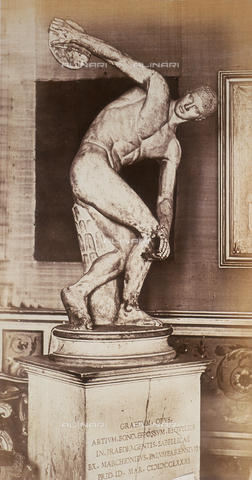 AVQ-A-000089-0044 - Photographic pictures of Rome: the Discus Thrower, preserved in the Roman National Museum - Data dello scatto: 1862 - Archivi Alinari, Firenze