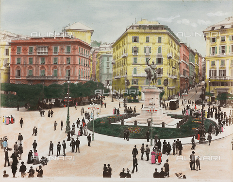 AVQ-A-000110-0071 - Animated view of Piazza Corvetto in Genoa, with the Monument to Vittorio Emanuele II - Data dello scatto: 1880-1890 - Archivi Alinari, Firenze