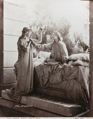 AVQ-A-000110-0082 - Dapassano monument, marble, Pietro Costa, Staglieno Monumental Cemetery, Genoa - Data dello scatto: 1880-1890 - Archivi Alinari, Firenze