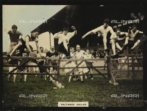 AVQ-A-000146-0105 - A group of athletes during a steeplechase