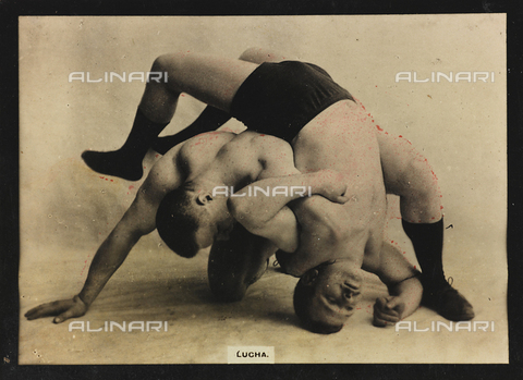 AVQ-A-000146-0107 - Two wrestlers in combat