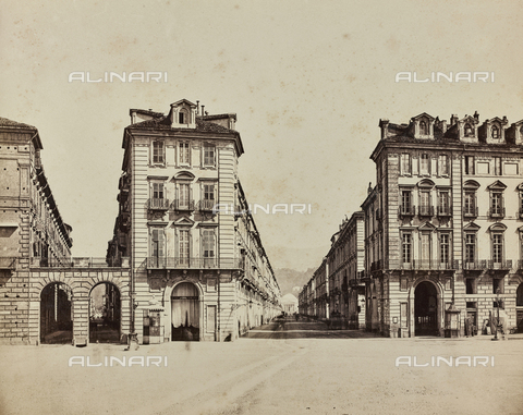 AVQ-A-000258-0002 - Via Po, the road that connects Piazza Castello to Piazza Vittorio Veneto, Turin - Data dello scatto: 1870 ca. - Archivi Alinari, Firenze