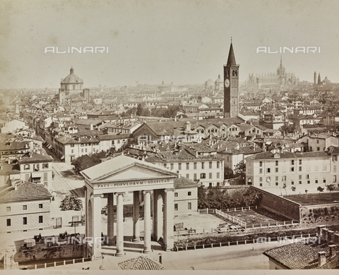 AVQ-A-000258-0013 - Panorama of Milan with the Ticino Gate in the foreground - Data dello scatto: 1880-1890 - Archivi Alinari, Firenze