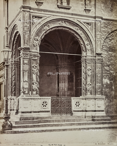 AVQ-A-000258-0021 - The Loggia del Bigallo in Florence - Data dello scatto: 1880-1890 - Archivi Alinari, Firenze