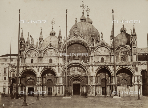 AVQ-A-000258-0033 - Piazza San Marco in Venice - Data dello scatto: 1870 ca. - Archivi Alinari, Firenze