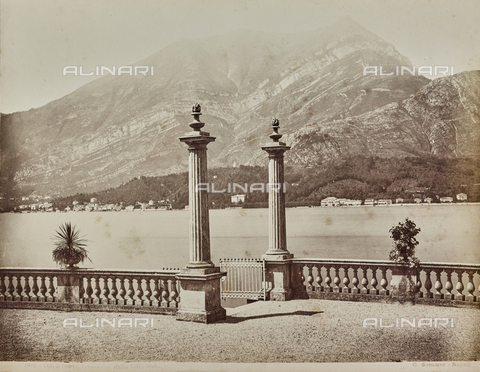 AVQ-A-000258-0058 - Veduta del Lago di Como da Villa Melzi d'Eril a Bellagio - Data dello scatto: 1880-1890 - Archivi Alinari, Firenze