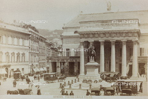 AVQ-A-000284-0009 - Animated view of Piazza De Ferrari in Genoa with the Carlo Felice Theater - Data dello scatto: 1870-1890 - Archivi Alinari, Firenze