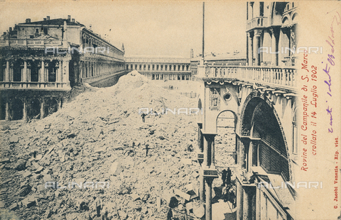 AVQ-A-000328-0020 - Ruins of the Campanile of San Marco in Venice, which fell in July, 1902