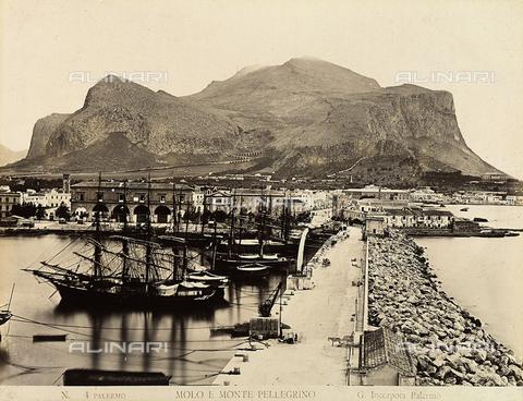 AVQ-A-000329-0065 - Pier and Monte Pellegrino in Palermo - Data dello scatto: 1880 ca. - Archivi Alinari, Firenze