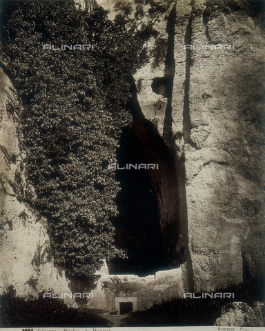 "AVQ-A-000330-0001 - Syracuse: ""Ear of Dionysius"" - Data dello scatto: 1870 ca. - Archivi Alinari, Firenze"