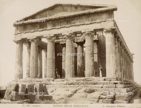 AVQ-A-000424-0071 - Tempio della Concordia, Agrigento - Data dello scatto: 1880 ca. - Raccolte Museali Fratelli Alinari (RMFA), Firenze