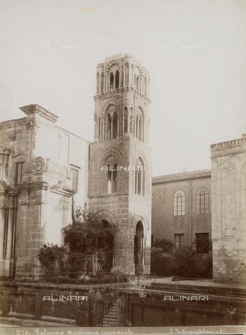 AVQ-A-000424-0087 - The bell tower of the church of Santa Maria dell'Ammiraglio, home of the parish of San Nicolò dei Greci, known as La Martorana, Palermo - Data dello scatto: 1880 ca. - Archivi Alinari, Firenze