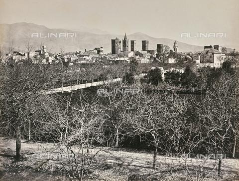 """AVQ-A-000439-0011 - Album """"La Corniche - Italie 1871-1876"""": view of Albenga - Data dello scatto: 1871-1876 - Archivi Alinari, Firenze"""