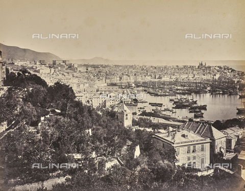 """AVQ-A-000439-0024 - Album """"La Corniche - Italie 1871-1876"""": il porto di Genova - Data dello scatto: 1871-1876 - Raccolte Museali Fratelli Alinari (RMFA), Firenze"""