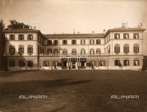 AVQ-A-000443-0005 - Rear of Villa Zina, former Villa Giulia in Bellagio on the Lake Como. The neoclassical villa was built by the count Pietro Venini - Data dello scatto: 1915 ca. - Archivi Alinari, Firenze
